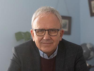 Dr Brian Mooney